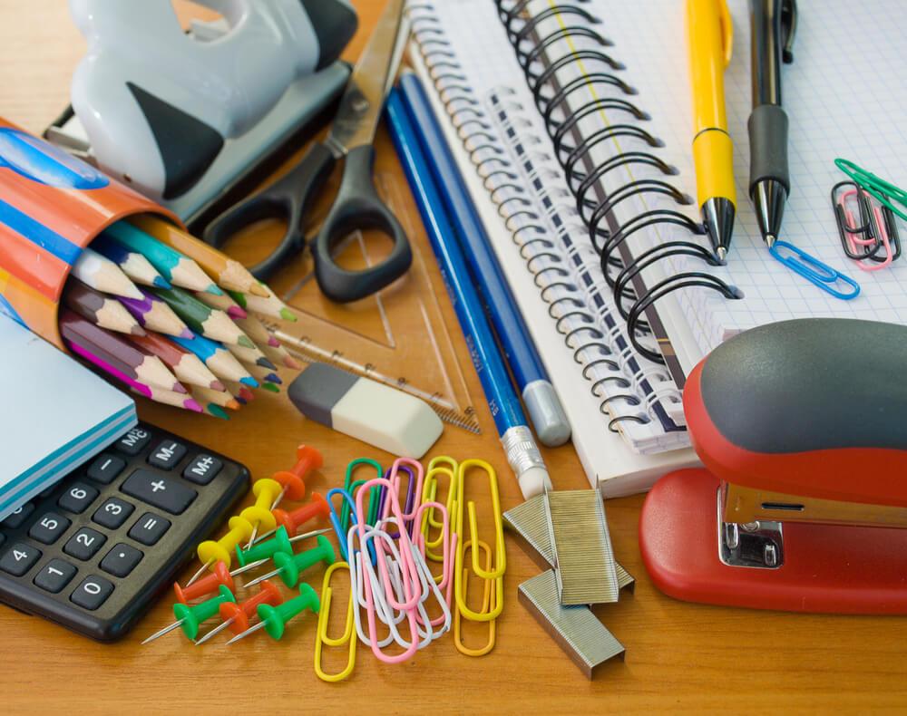 Kancelarijski materijal neophodan svakoj kancelariji